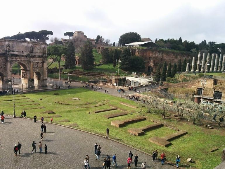Skip the Line: Ancient Rome and Colosseum Half-Day Walking Tour photo 23