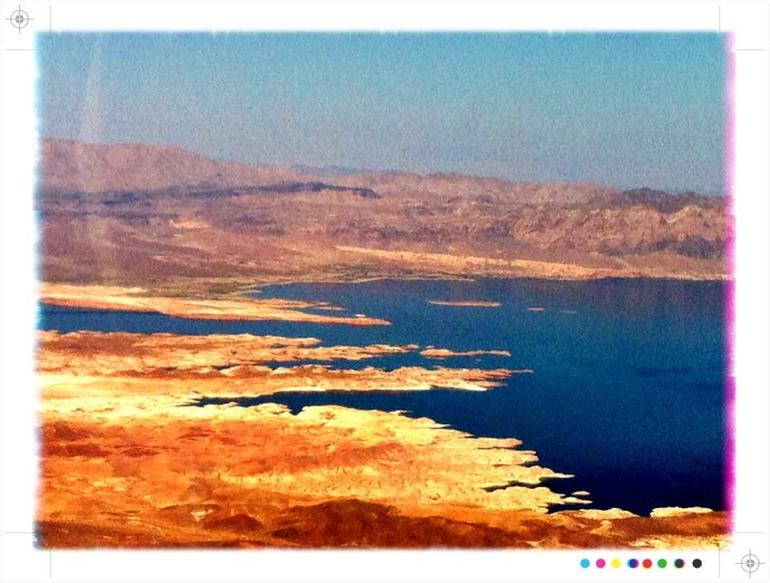 Flight over the Lake Mead - Las Vegas