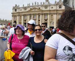 Photo of Rome Papal Audience Ticket at Vatican City Nos fuimos alegres