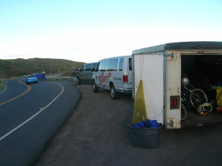 van and bike trailer at starting point - Maui