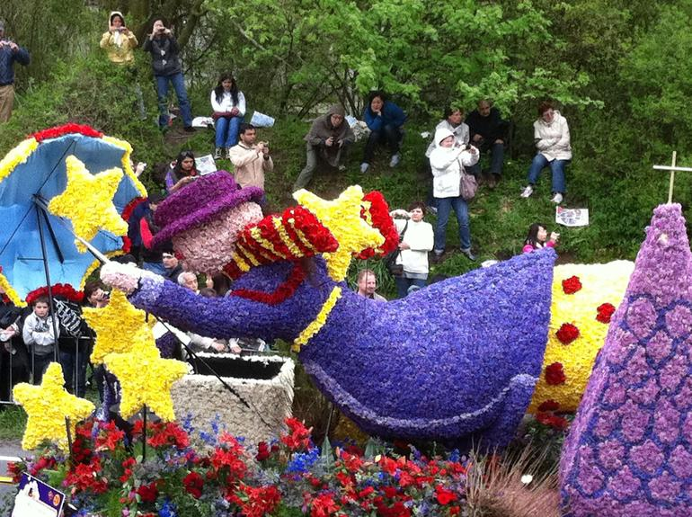 Keukenhof Gardens Flower Parade, Holland April 2011 - Amsterdam