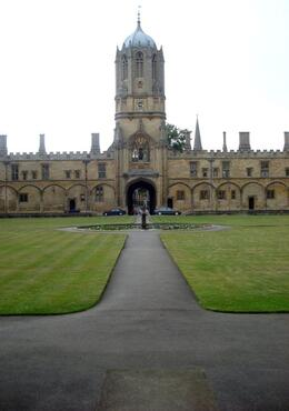 Beautiful building in Oxford - July 2008