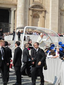 Photo of Rome Papal Audience Tickets and Presentation The Pope-mobile!