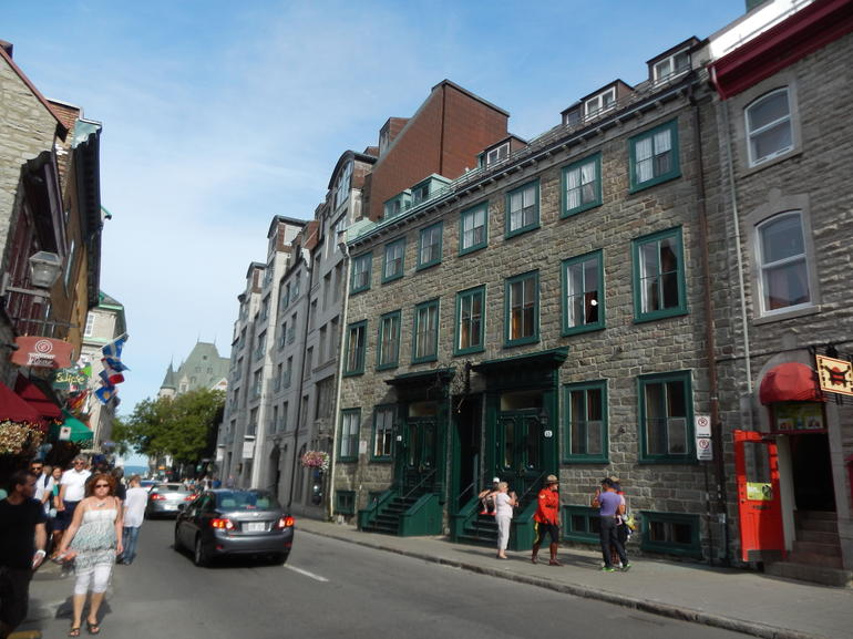 Wandering the streets of QC - Montreal