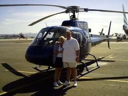 Foto de Las Vegas Passeio VIP de helicóptero até a borda sul do Grand Canyon, com partida de Las Vegas My Wife and I