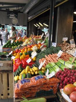 Yes, it is a great place to buy produce!, Sambo - October 2010