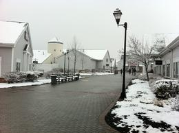 Photo of New York City Woodbury Common Premium Outlets Shopping Tour Snowing in Woodbury