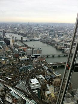The Thames is beautiful - February 2013