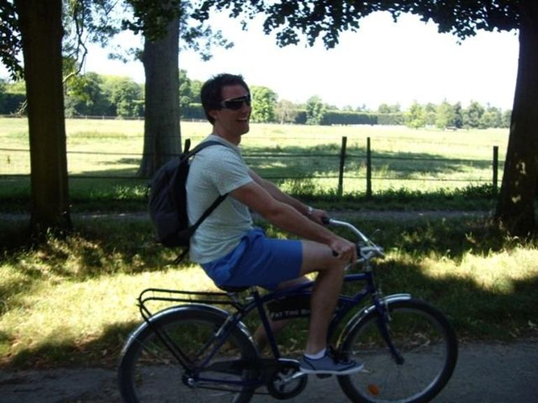 Cruising the beautiful gardens on the way to Versailles - Paris