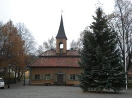 The town hall with a pretty conifer in Sigtuna where we stopped for lunch., Mark P - November 2009