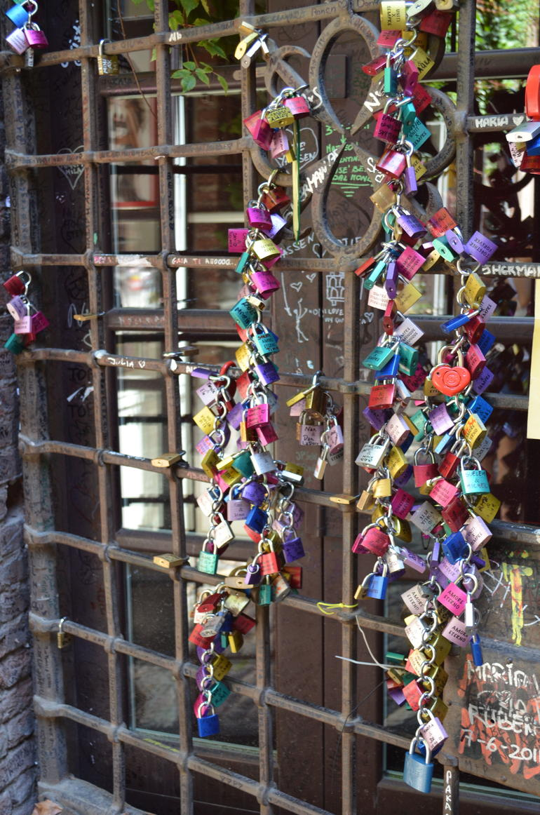 Locks in Juliet's courtyard - Verona