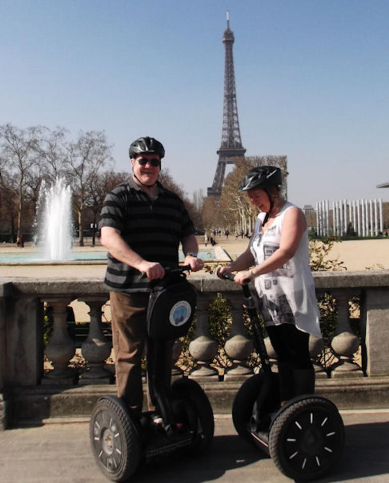 Fantastic Photo Opportunities along the way :-) - Paris