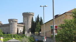 The old castle in Tivoli where the Pope used to spend his summers in old times, Helene - October 2012