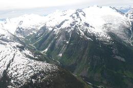 Photo of Whistler Whistler Flightseeing Tour with Alpine Lake Landing and Optional Lunch Whistler Flightseeing Tour