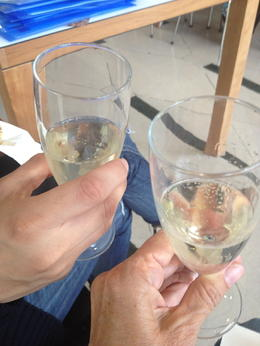 It was fun to have a glass of champagne and a scone while Shakespearean actors entertained us at Stratford Upon Avon! , misslynne - August 2013