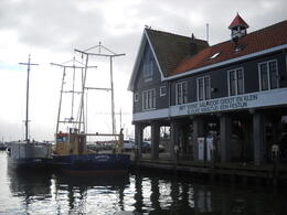 Photo of Amsterdam Zaanse Schans Windmills, Marken and Volendam Half-Day Trip from Amsterdam muelle de Volendam