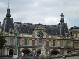 Photo of Paris Seine River Cruise: Sightseeing with Optional Aperitif or Snack Paris Seine River Cruise