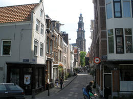 Eerste Leliedwarsstraat in the Jordaan district of Amsterdam, looking south - May 2011