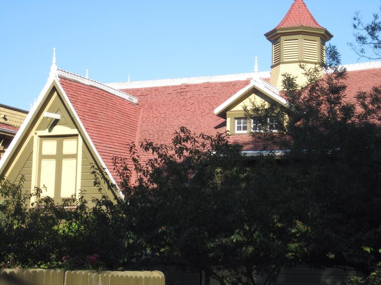 Winchester House - San Francisco