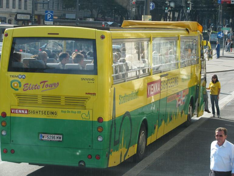 hop on hop off bus - Vienna
