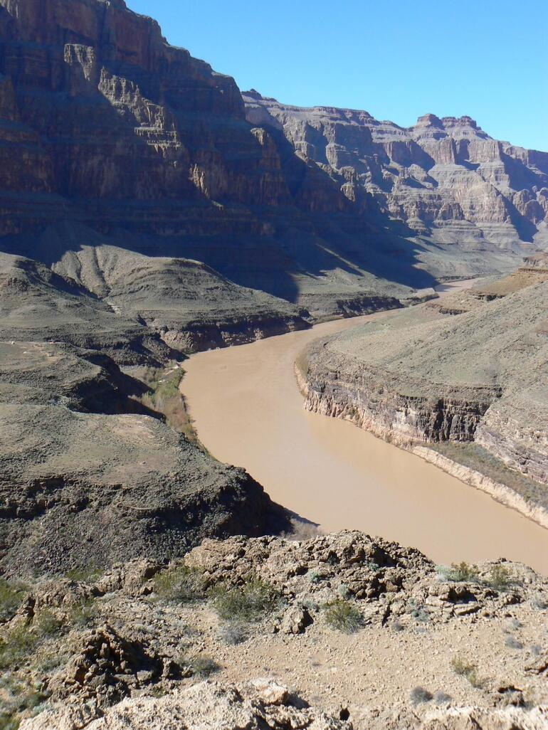 The muddy Colorado River - Las Vegas