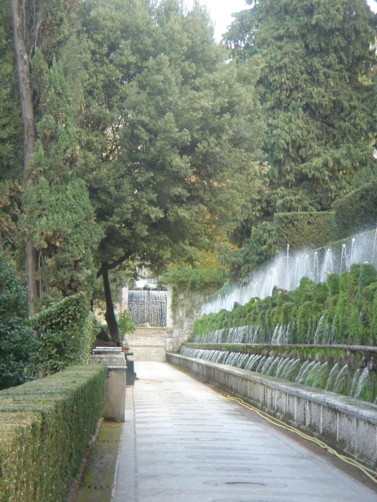 Wall Fountains - Rome