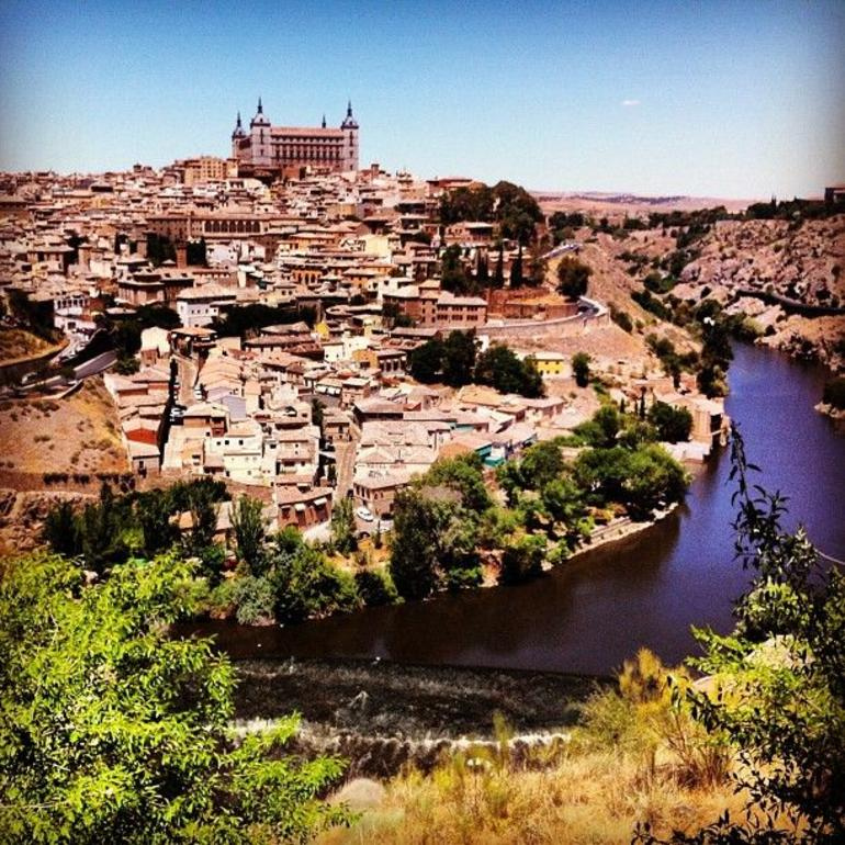 El Escorial Monastery and Toledo Day Trip - Madrid