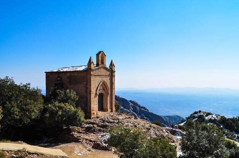 Hermit house and view from top, short hike. - Barcelona