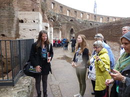 Photo of Rome Skip the Line: Ancient Rome and Colosseum Half-Day Walking Tour De Gids vertelt