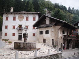 Photo of Venice Dolomite Mountains Small Group Day Trip from Venice Dolomite Mountains