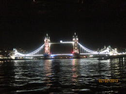 Photo of London London Thames River Dinner Cruise La Tour de Londres