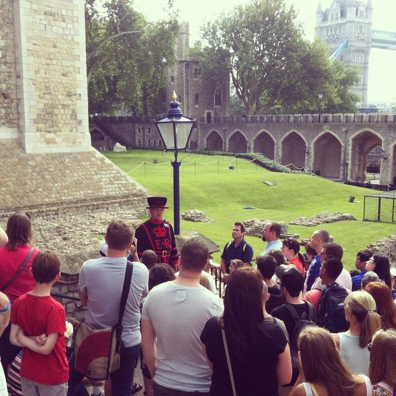 The Yeoman Warder Tour - London