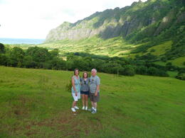 Photo of Oahu Lost Tour and Other Hawaii Movie Locations by Hummer Beautiful valley on Kualoa Ranch.