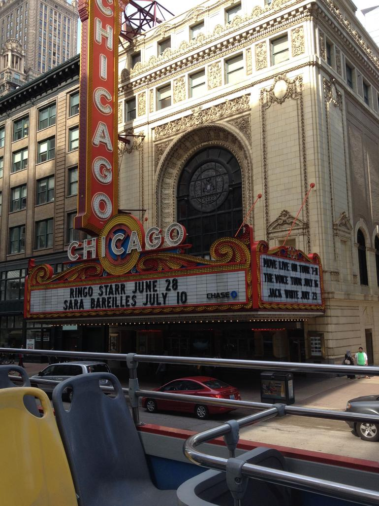 Chicago Theater Downtown - Chicago