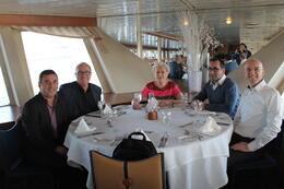 Photo of New York City New York Dinner Cruise Diner croisière à bord du Duchesse