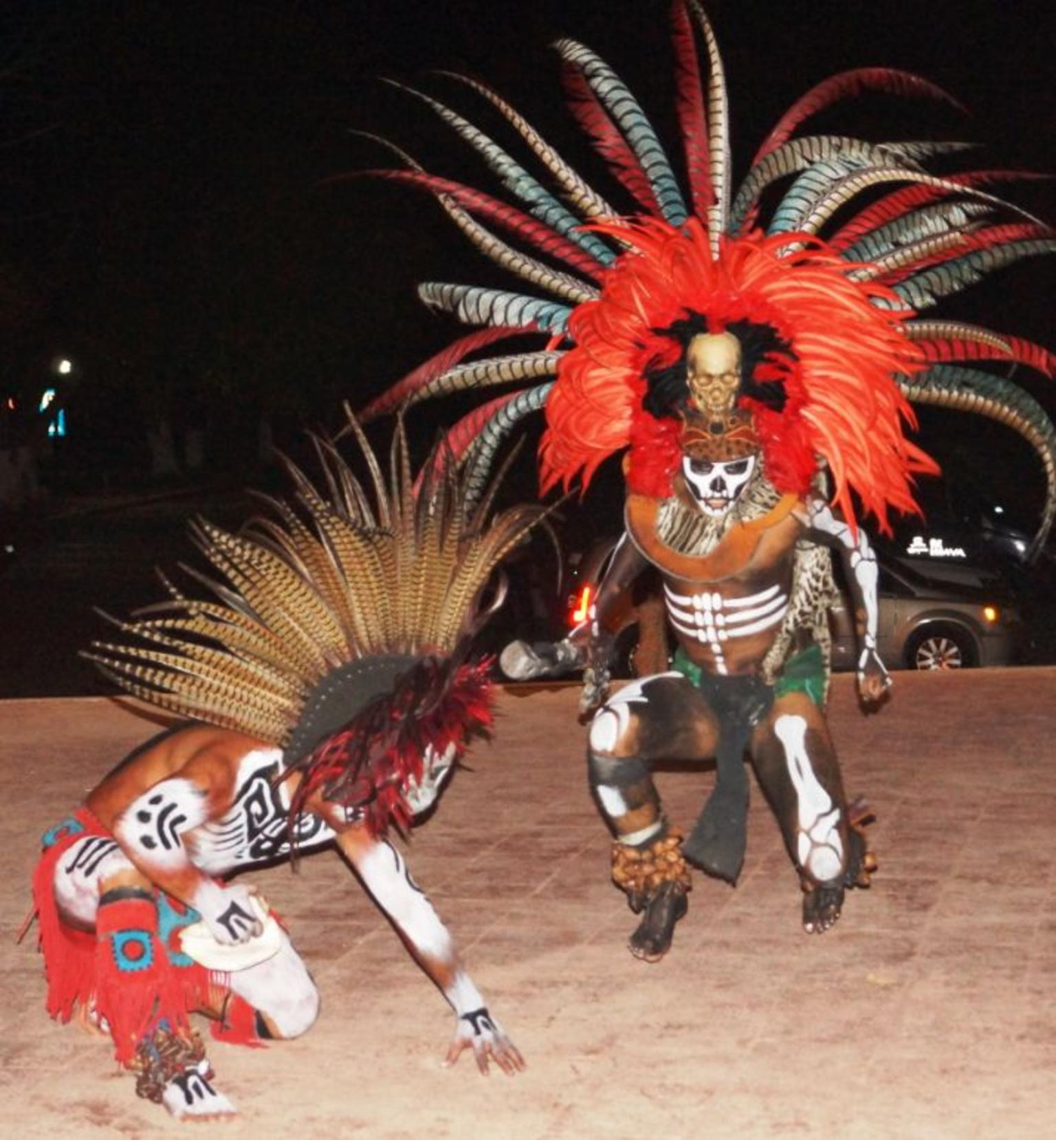 Viator VIP: Chichen Itza Tour and Light and Sound Show - Gray Line Cancun