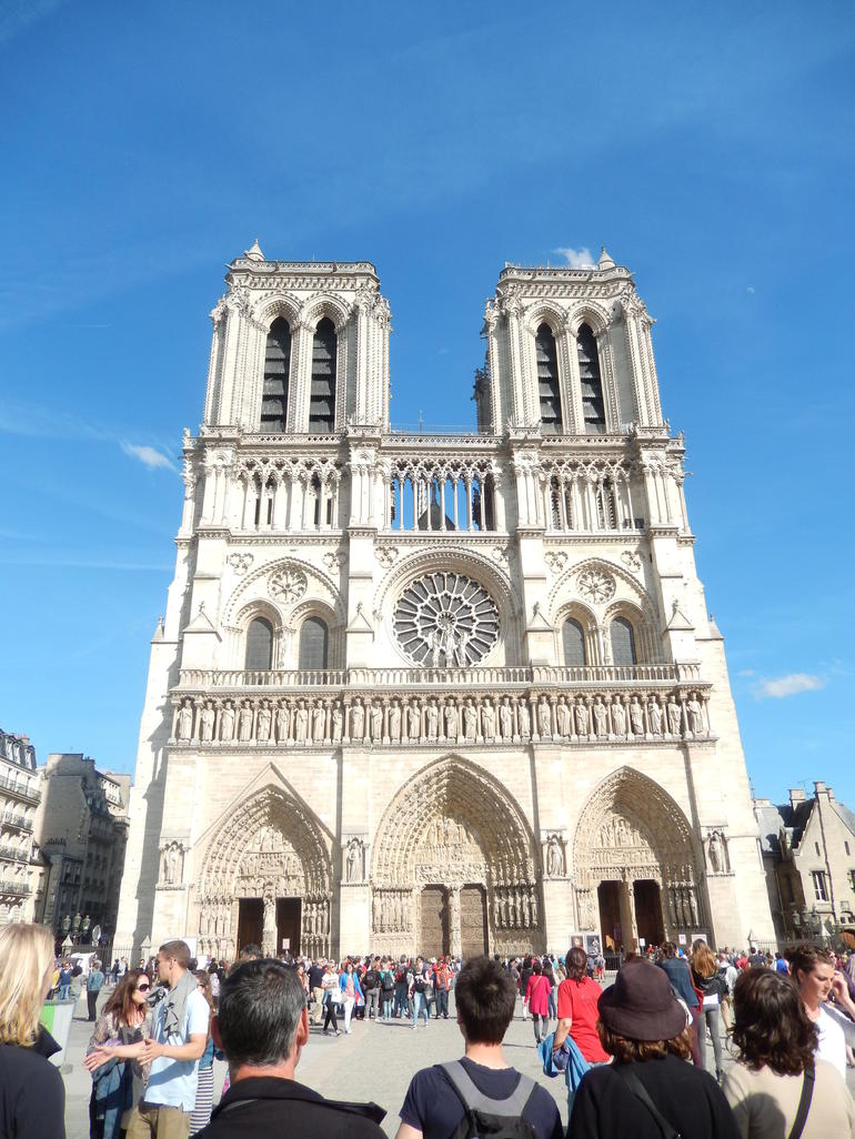 Notre Dame End Point - Paris