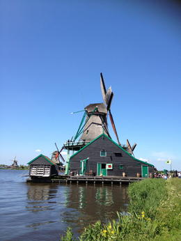 Photo of Amsterdam Amsterdam Super Saver: Zaanse Schans Windmills, Volendam and Marken Half-Day Tour plus Keukenhof Gardens Tour Zaanse Schans