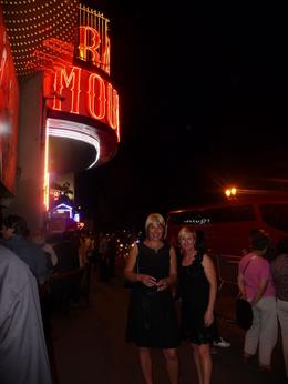 Photo of Paris Eiffel Tower Dinner, Seine River Cruise and Moulin Rouge Show by Minivan Moulin Rouge