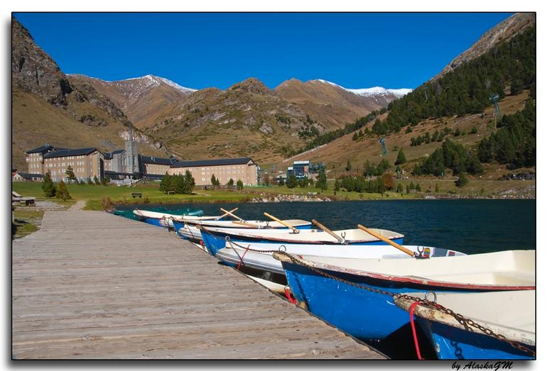 The photo was taken from the lake in the valley of nuria.