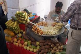 Photo of   Aloo chaat vendor, Connaught Place, New Delhi