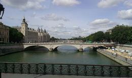 Photo of Paris Paris City Tour, Seine River Cruise and Eiffel Tower De Seine