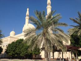 Dubai mosque , TASNEEM K - December 2014