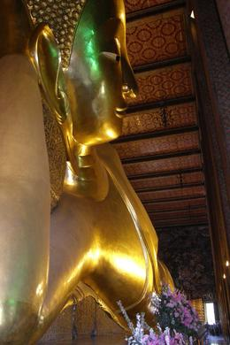 The Reclining Buddha is so massive, it is hard to appreciate the scale of it (you can just see people way down by the feet)., Tighthead Prop - September 2010