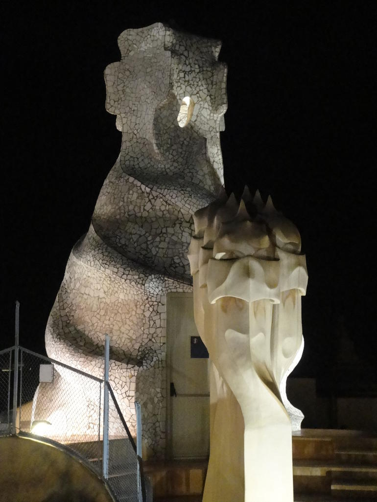 Gaud�?s La Pedrera at Night - Barcelona