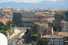 Photo of Rome Skip the Line: Ancient Rome and Colosseum Half-Day Walking Tour Le  Colisée