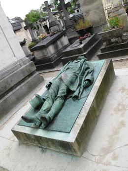 Photo of Paris Paris' Pere LaChaise Gravestone Walking Tour Victor Noir grave