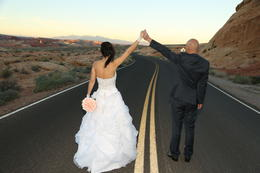 Photo of Las Vegas Valley of Fire Wedding by Private Limousine Mariage
