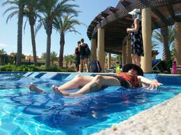Photo of Los Cabos Los Cabos Airport Roundtrip Transfers Lounging in the pool