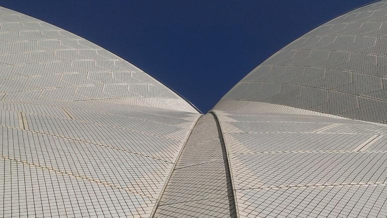 Sights From The Sydney Opera House Guided Walking Tour - Sydney